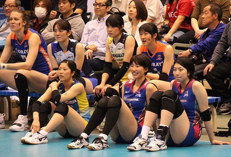 岩坂名奈 女子バレーチーム